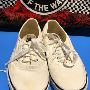 Vans Unisex Low-Top Shoes Ladies Sz. 8.5 Mens 7.